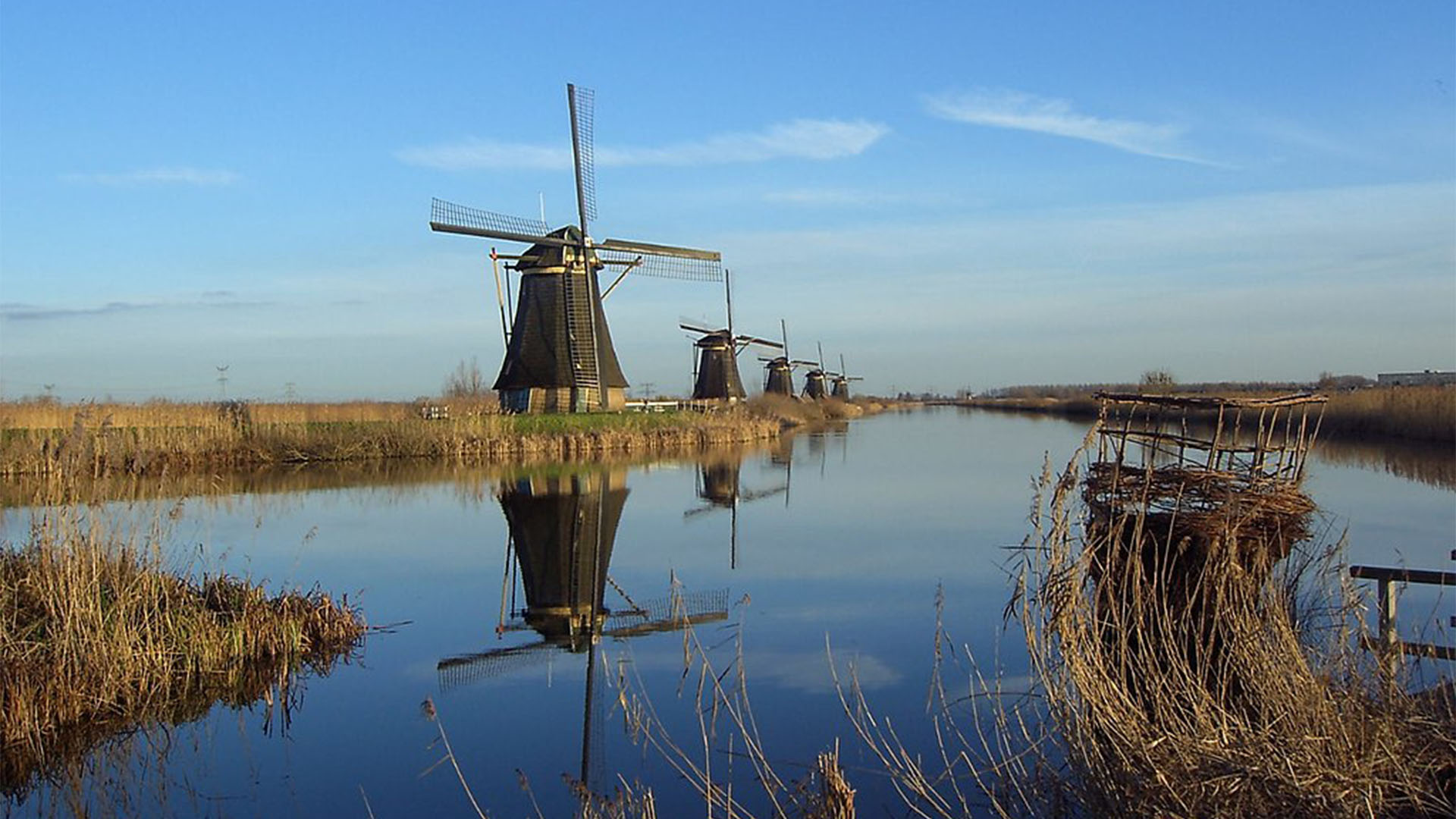 Wassermühlen –die Mühlen von Kinderdijk Holland.