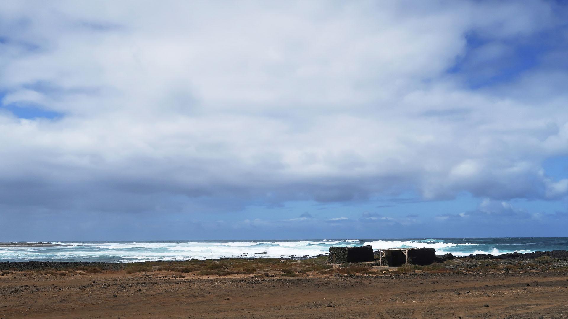 Die Strände im Norden von Fuerteventura – Caleta de Salinas.
