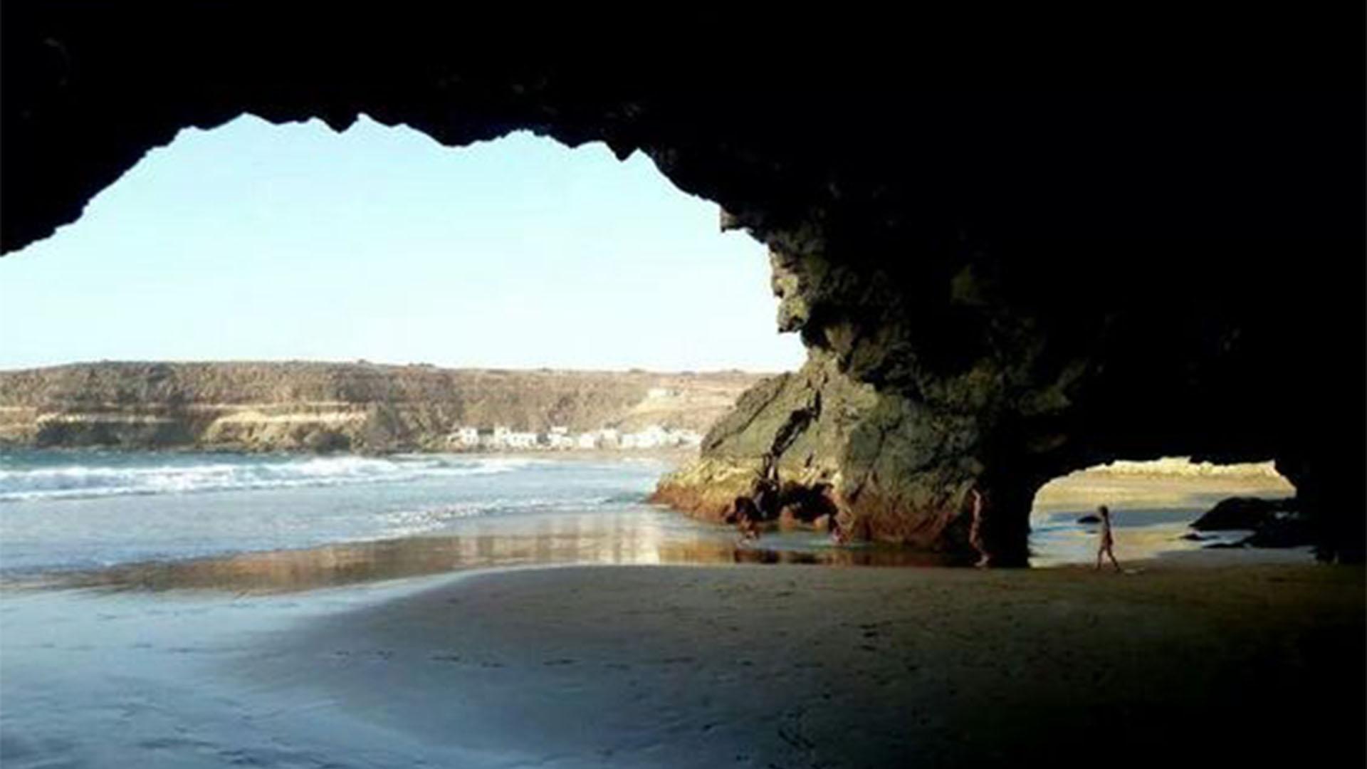 Die Strände Fuerteventuras: Cueva de la Ballena de Los Molinos