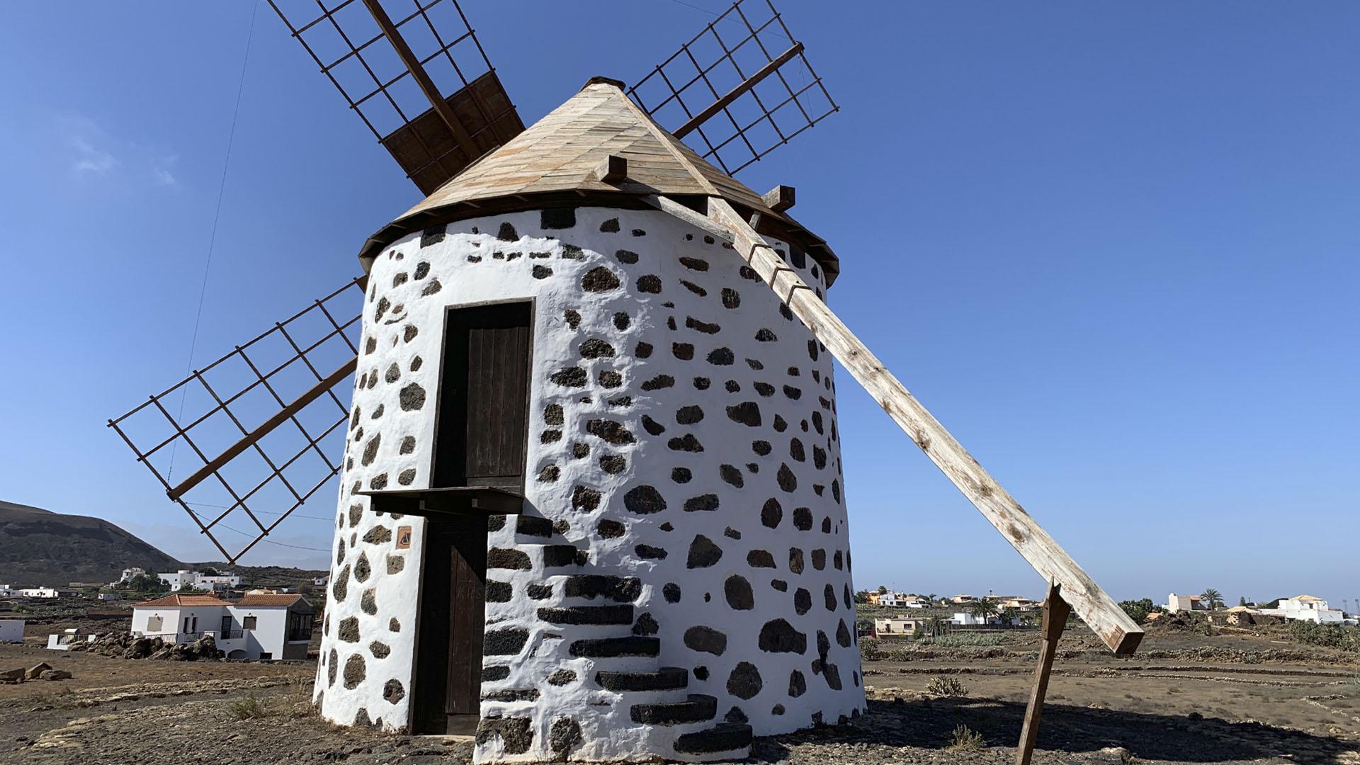 Die Windmühlen von Villaverde auf Fuerteventura.