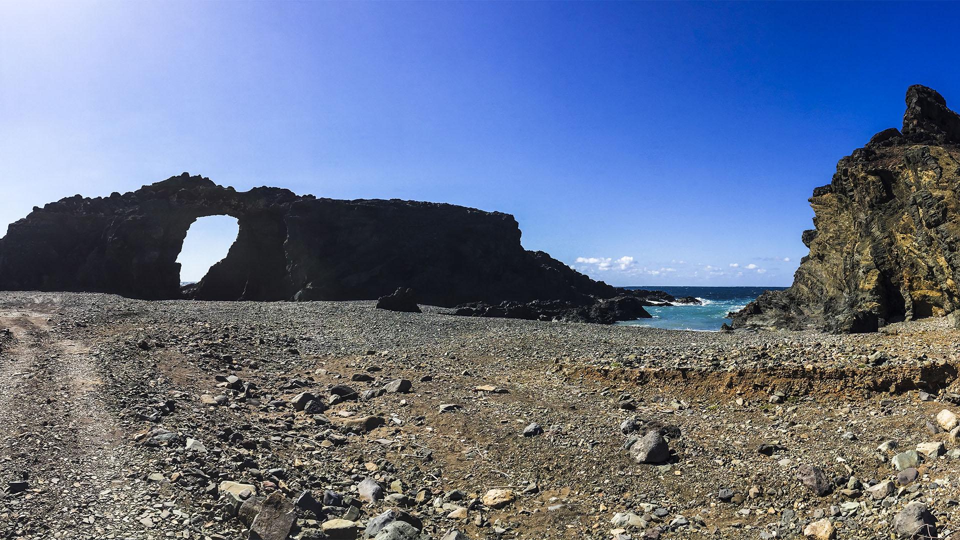 Sehenswürdigkeiten Fuerteventuras: Ajuy – Peña de Horadada