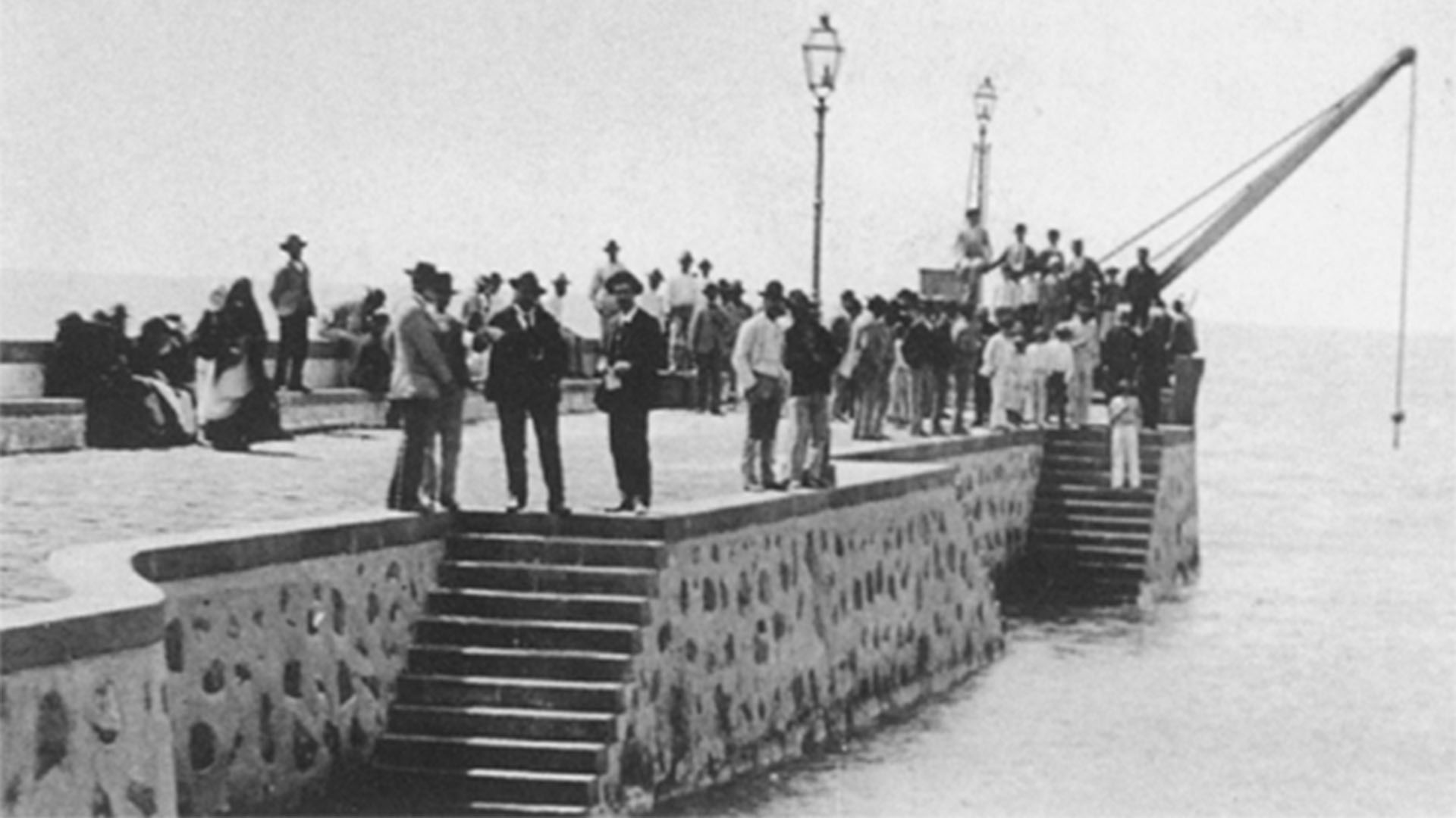 Muelle Chico Corralejo Fuerteventura.