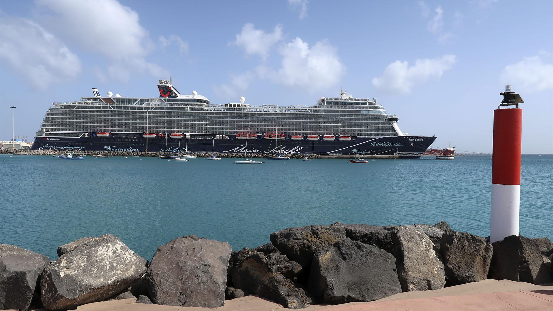 Hafen Puerto del Rosario Fuerteventura Meinschiff 1 TUI.