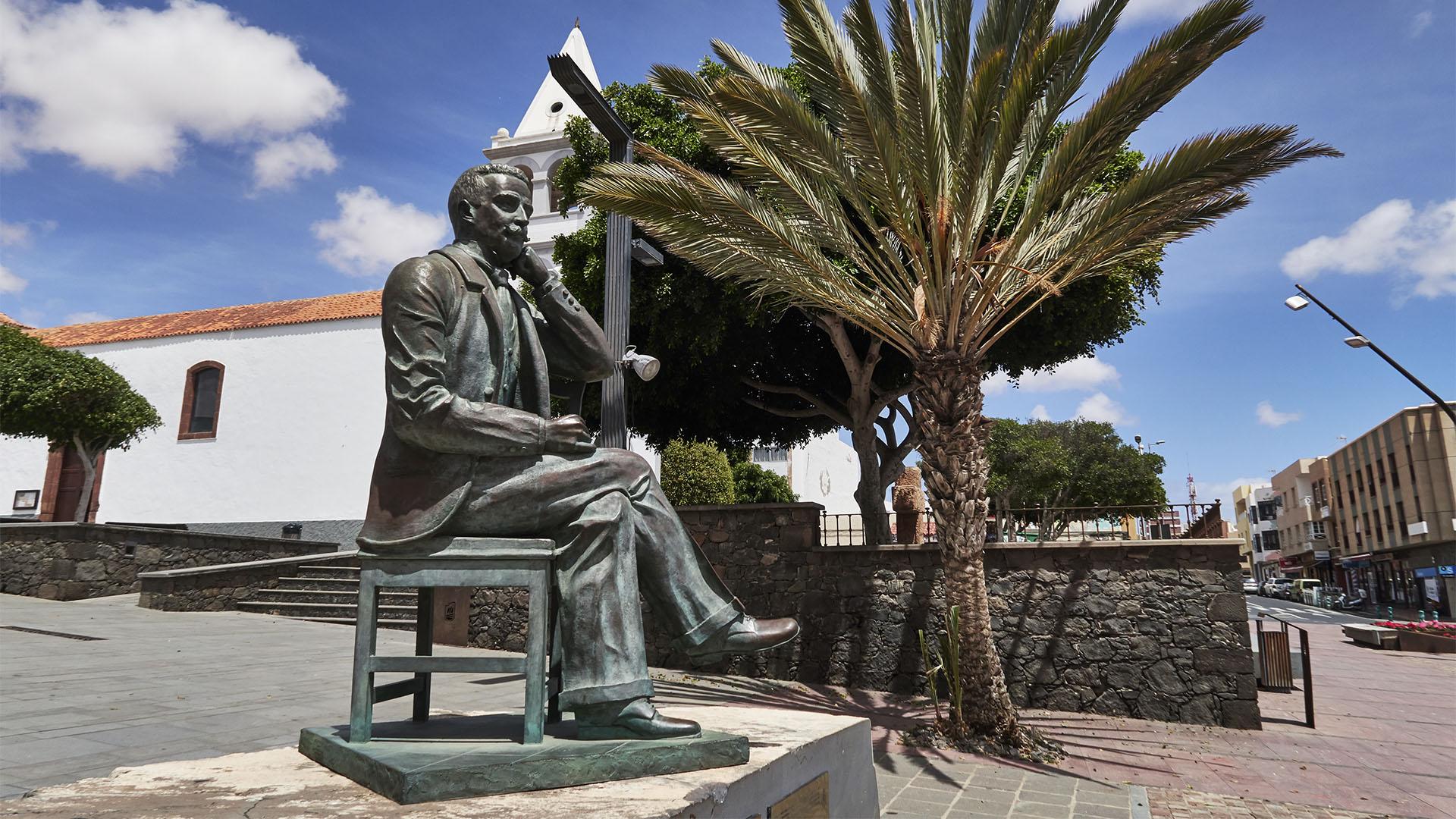 Manuel Velázquez Cabrera Puerto del Rosario Fuerteventura.