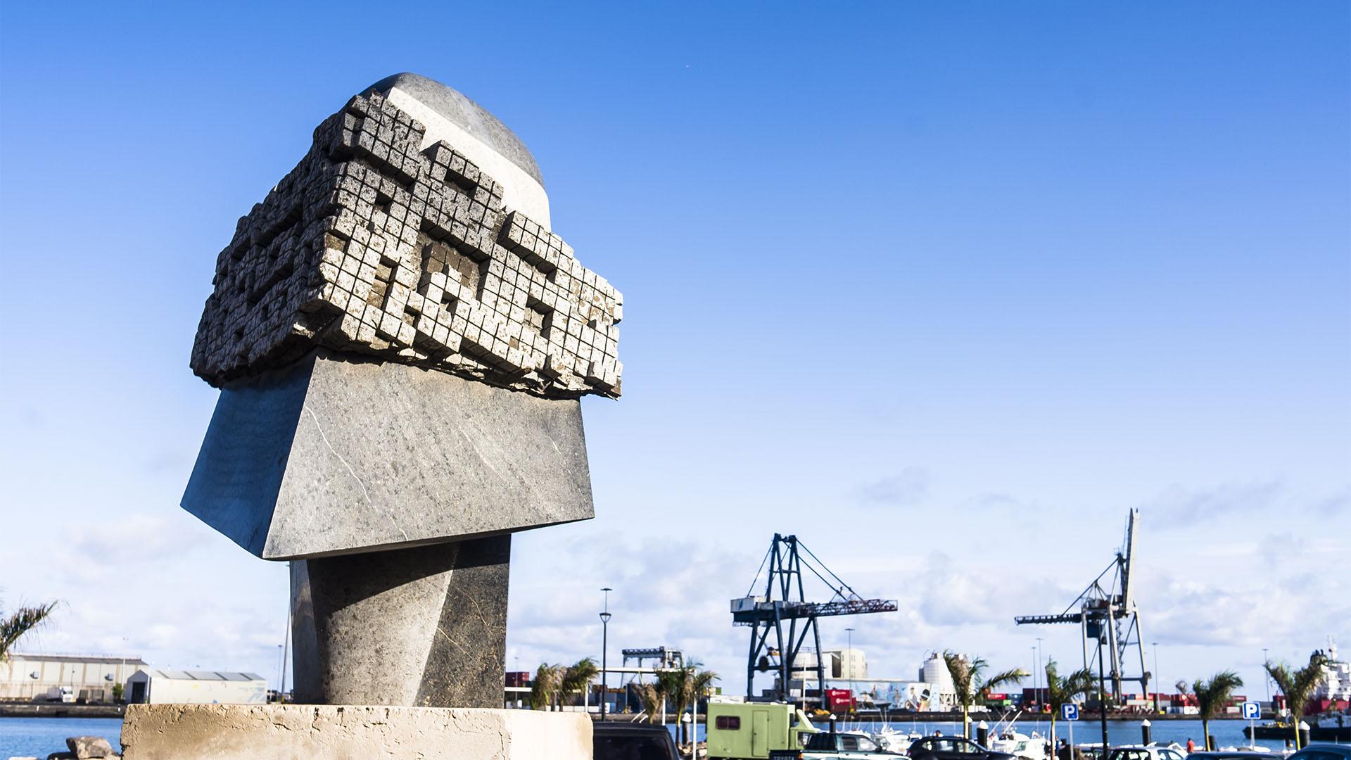 Skulpturen am Paseo von Puerto del Rosario Fuerteventura.