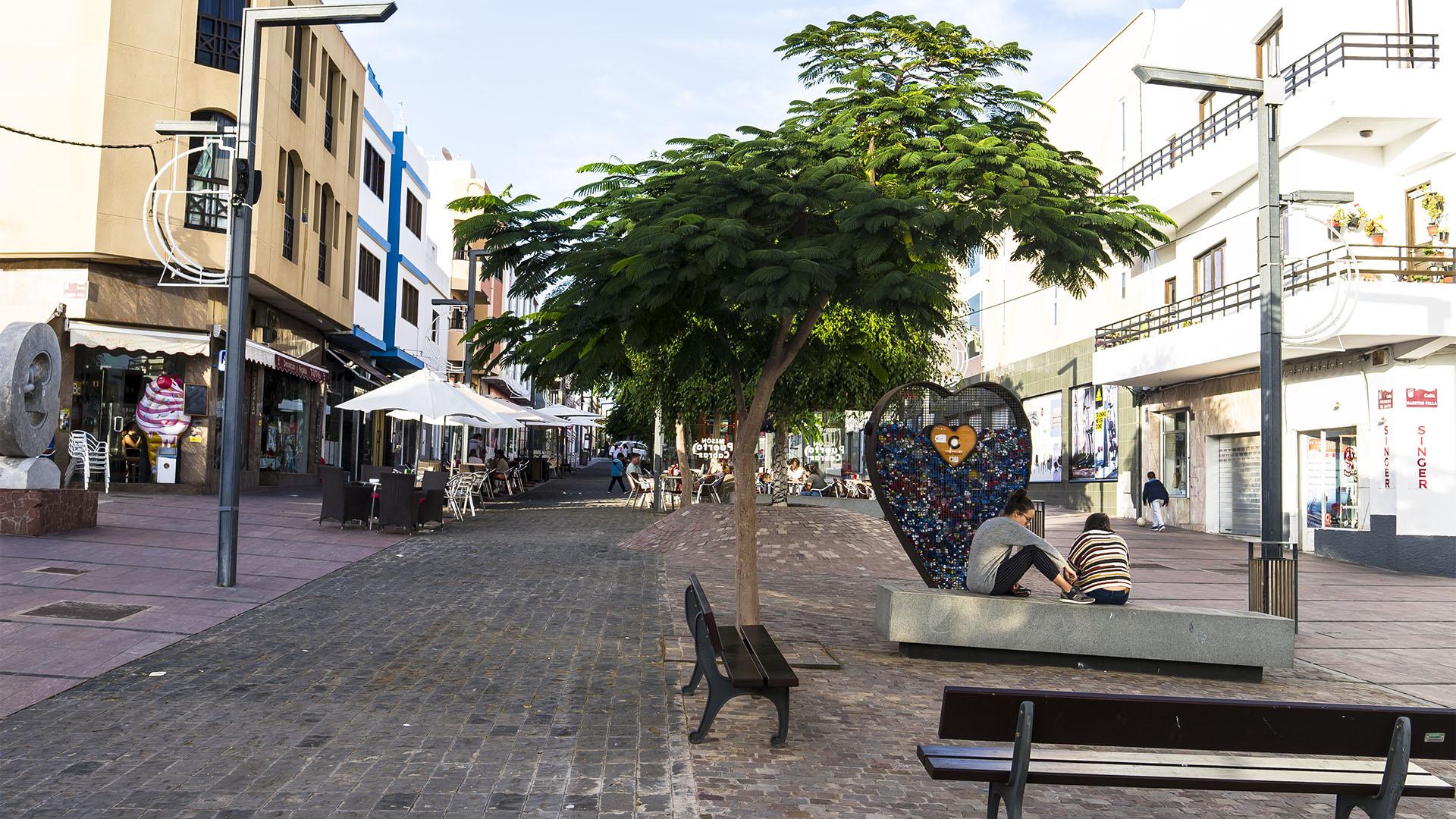 Puerto del Rosario Fuerteventura –Calle Primero de Mayo.