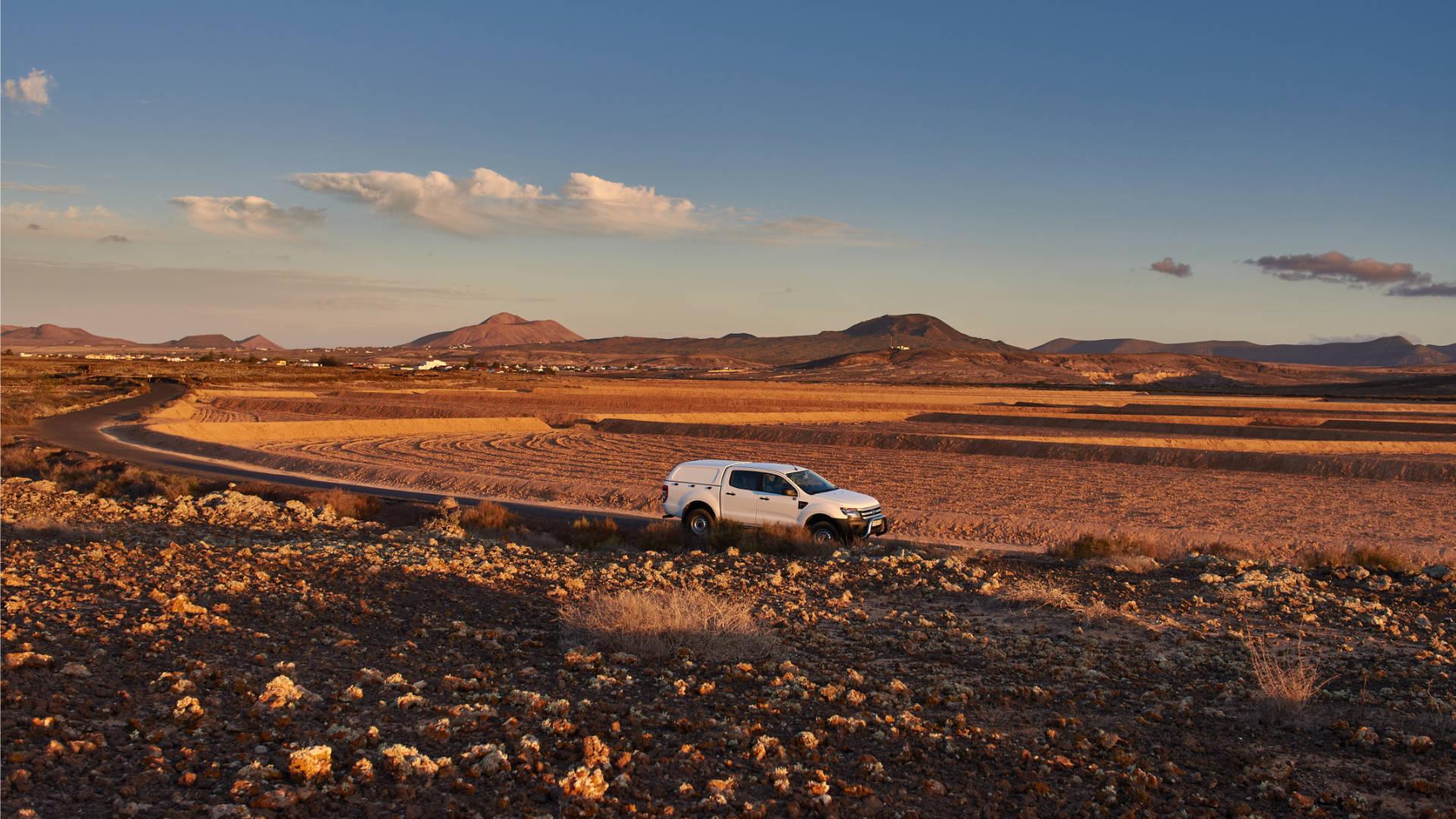 Das Abendlicht über den Feldern westlich von Lajares.