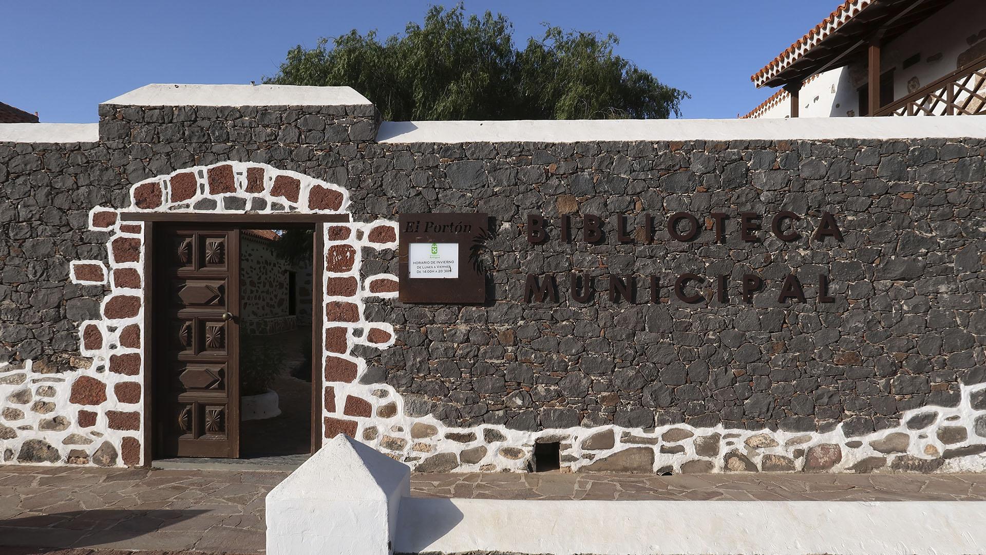 Biblioteca Municipal Antigua Fuerteventura.