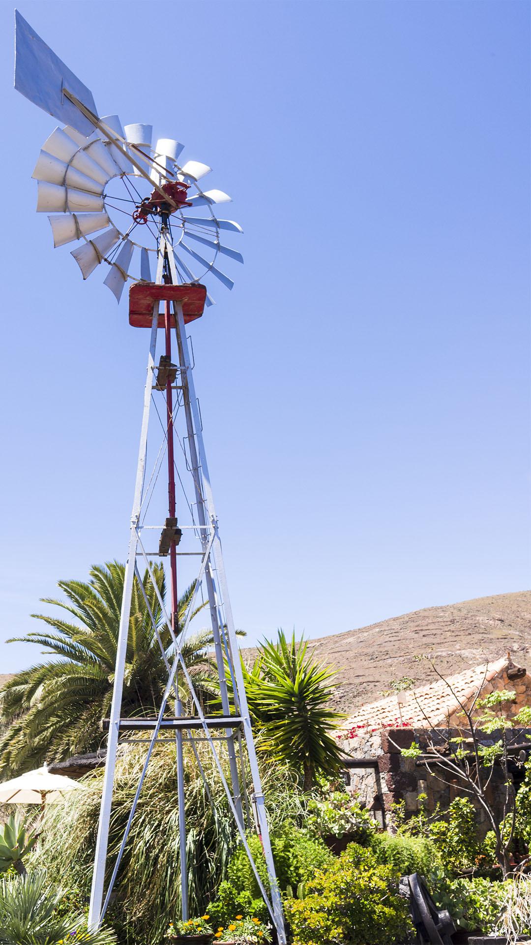 "Restaurierte ""Chicago"" Wasserpumpe ""The Aeromotor Chicago"" –Casa de Naturaleza im Vega de Río Palmas Fuerteventura."
