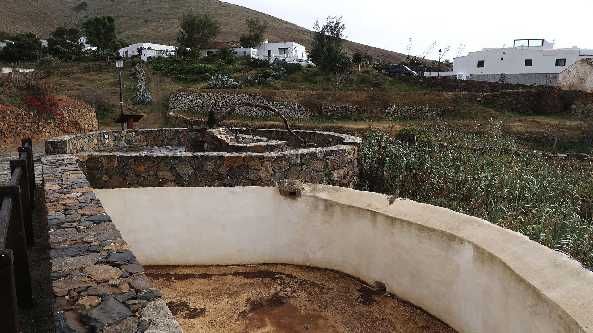 Historischer Brunnen in Betancuria Fuerteventura.