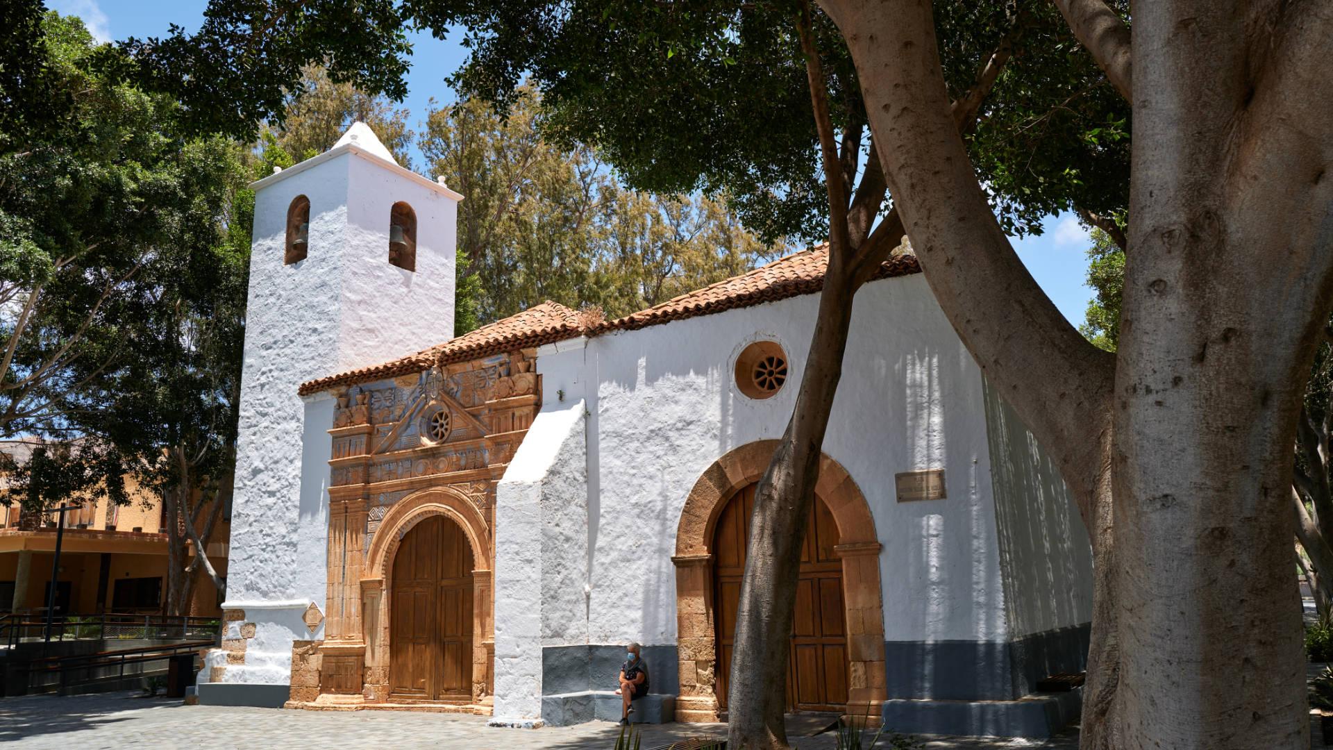 Die Kirche Iglesia de Nuestra Señora de Regla in Pájara Fuerteventura.