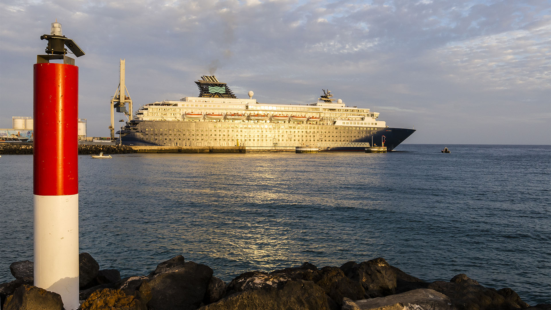 Fuerteventura Inselrundfahrt Norden –Hafen Puerto del Rosario.