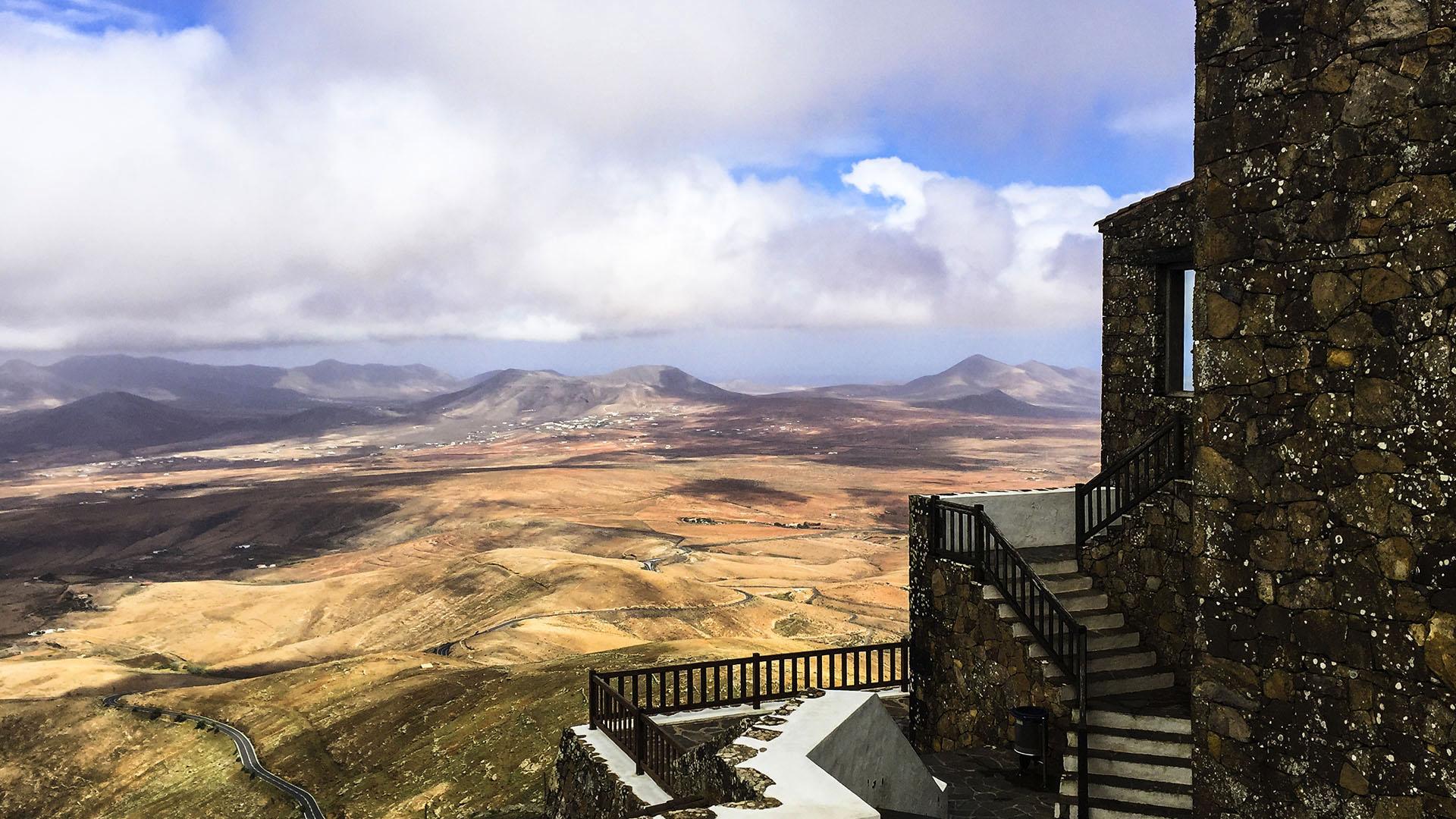 Fuerteventura Inselrundfahrt Zentralmassiv – Betancuria Mirador de Morro Velosa.