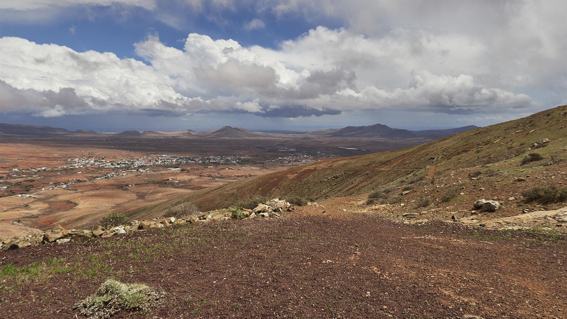 Wallfahrtsweg Antigua – Betancuria über den Pass Degollada de la Villa.