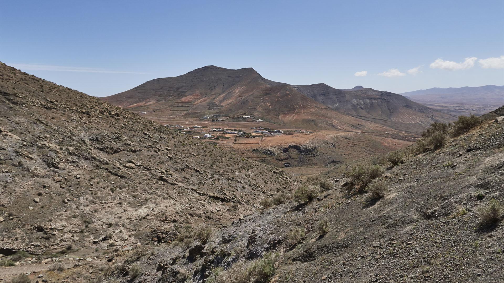 Blick auf La Matilla und Tefía.