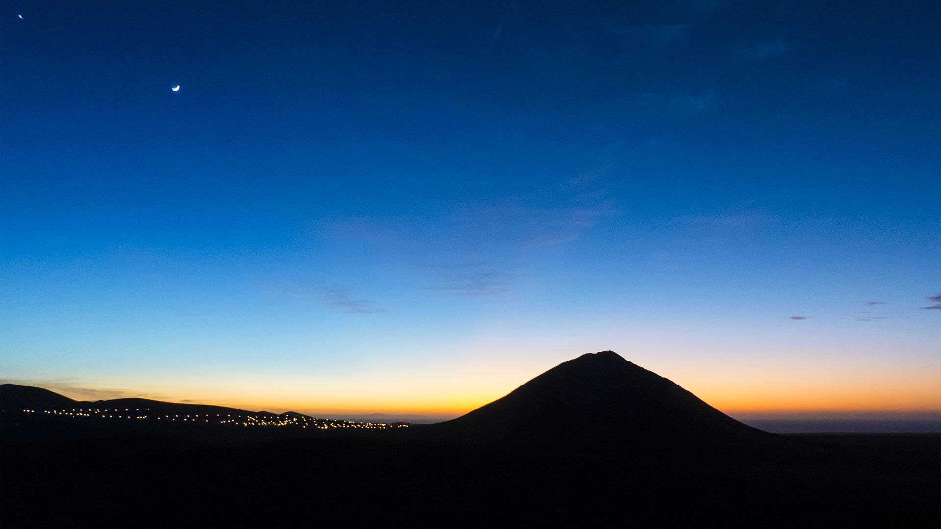 Wandern auf den Montaña Tindaya Fuerteventura.