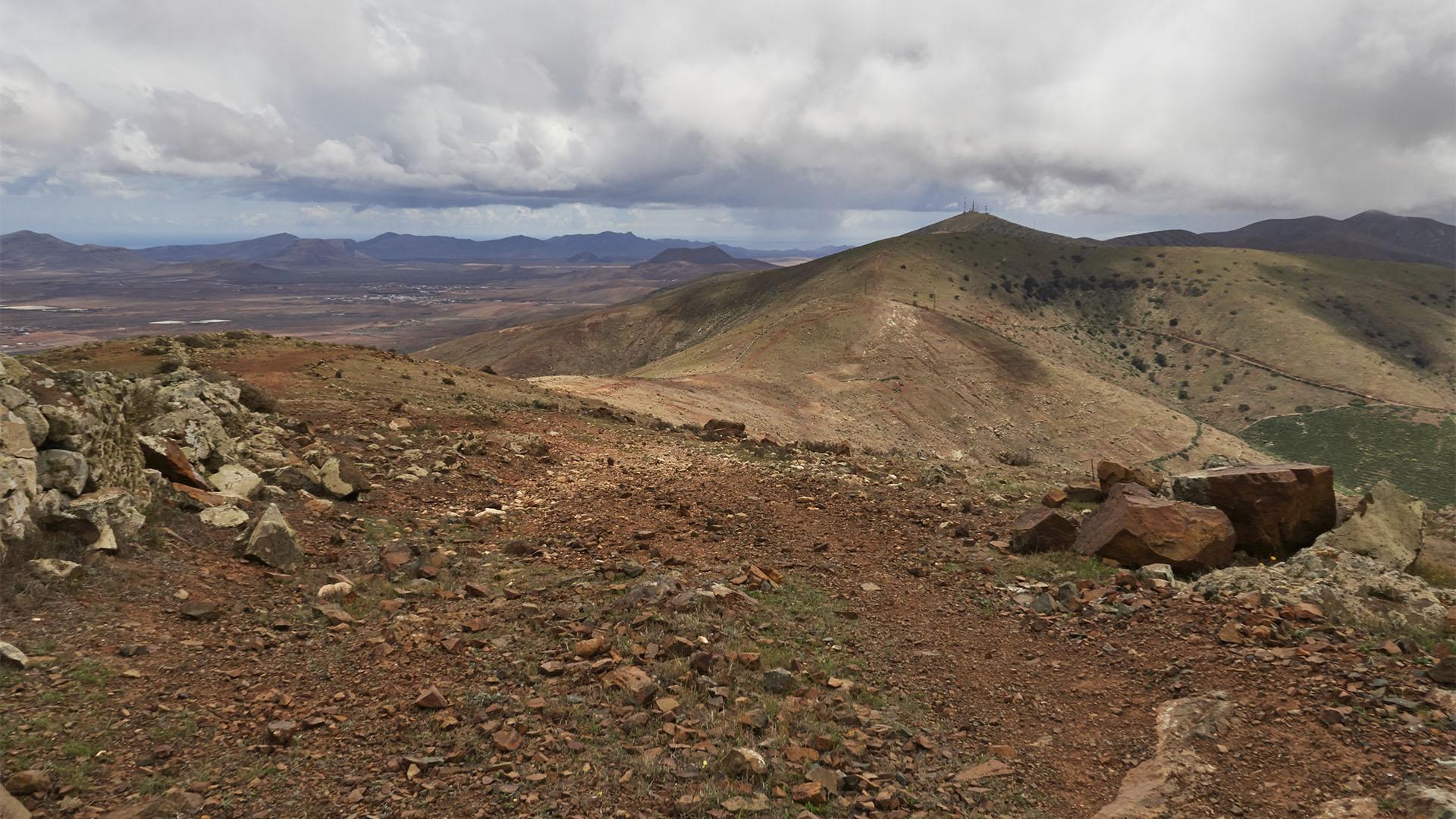 Unterwegs am Höhenweg zum Mirador de Morro Velosa.