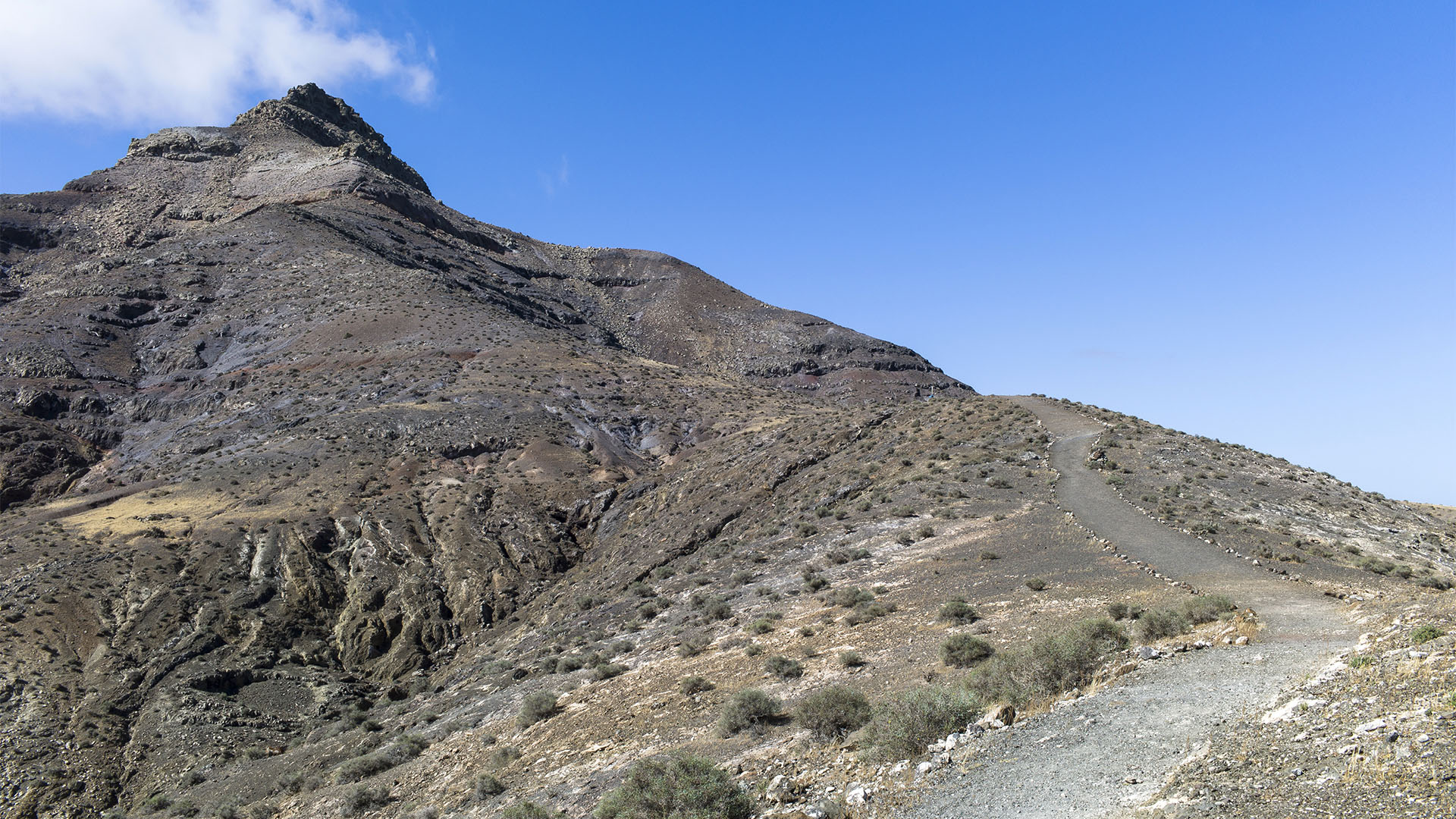 Wandern + Trekking auf Fuerteventura: Zur Ermita el Tanquito am Montaña Cardon.