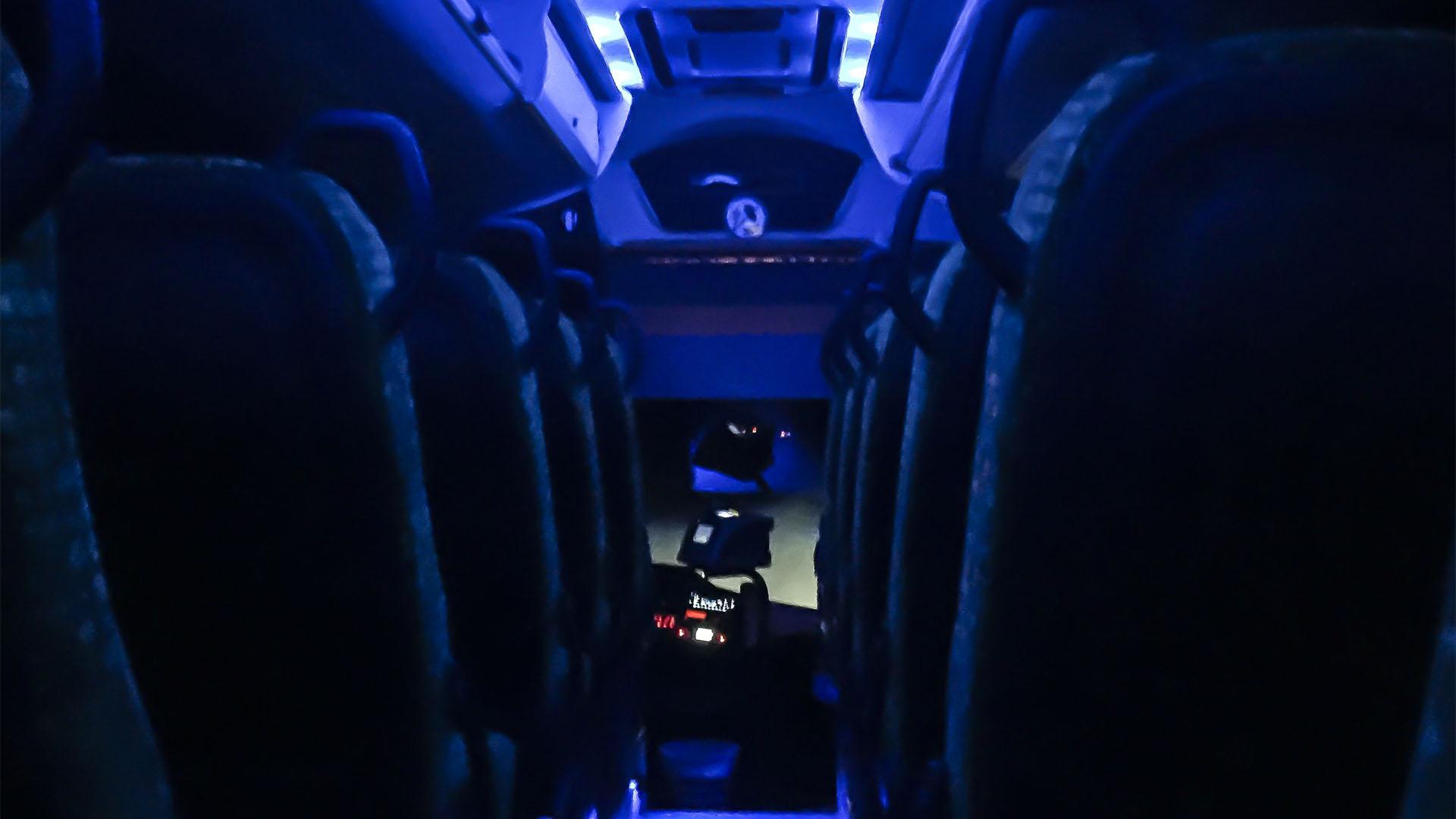 Die Busflotte von Tiadhe Fuerteventura von Innen – top moderne Reisebusse bringen den Reisenden bequem und sicher über die Insel.