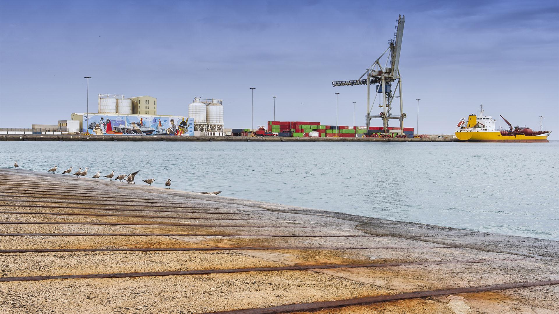 Post, Fracht, Logistik, Lager auf Fuerteventura, dem Archipel und dem Kontinent.