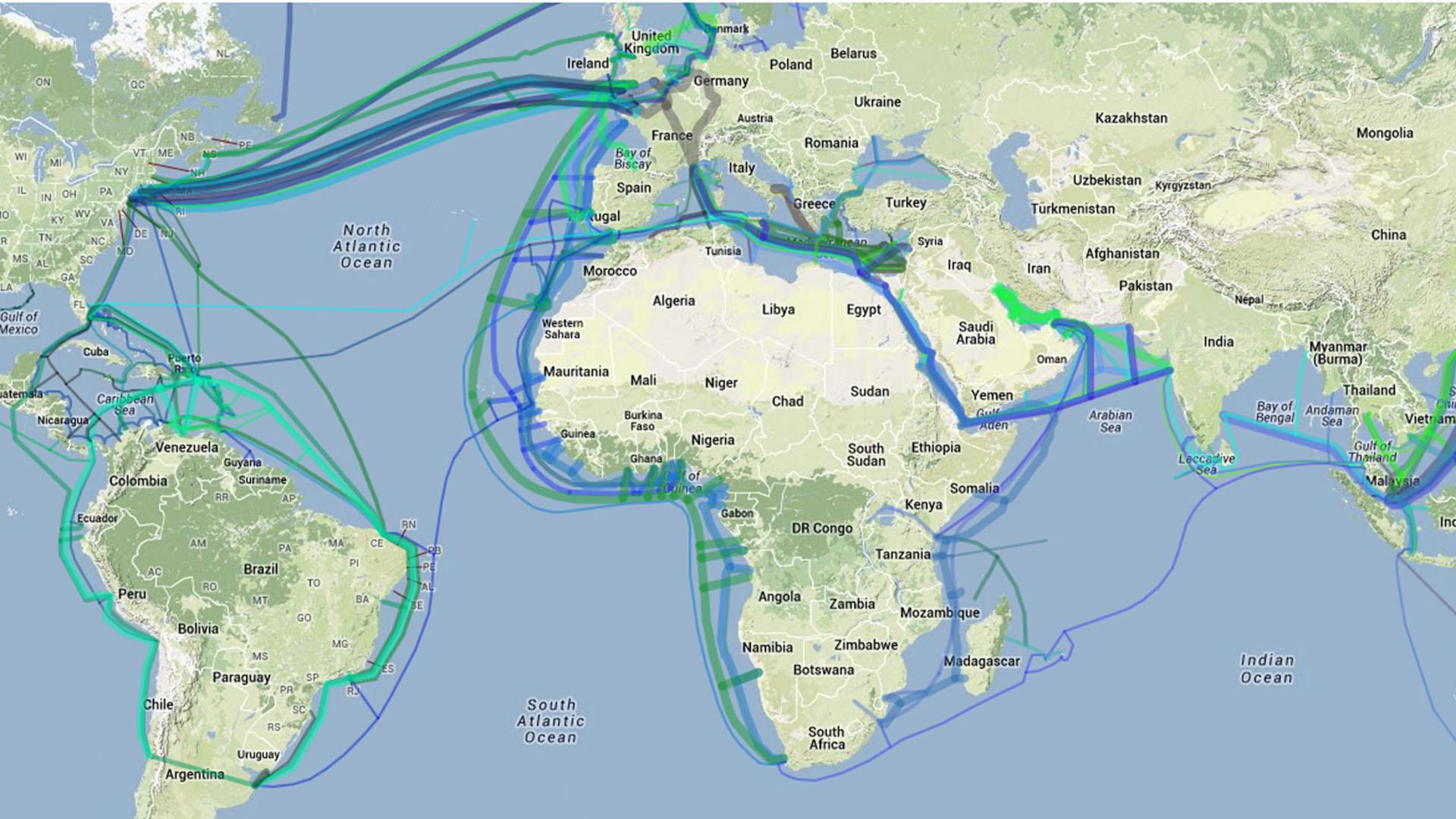 Strategisch gute Internetanbindung durch Glasfaser Seekabel mit allen Kontinenten weltweit. Durch das (MAC) Mid Atlantic Crossing schnelle Anbindung nach Lateinamerika.