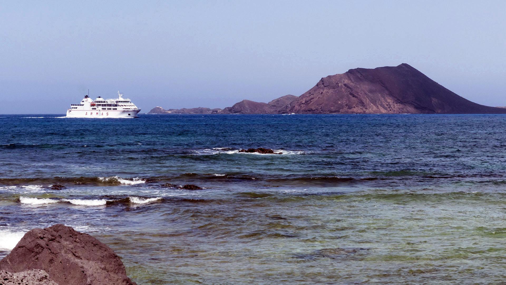 Montaña de la Caldera Isla de Lobos Fuerteventura.