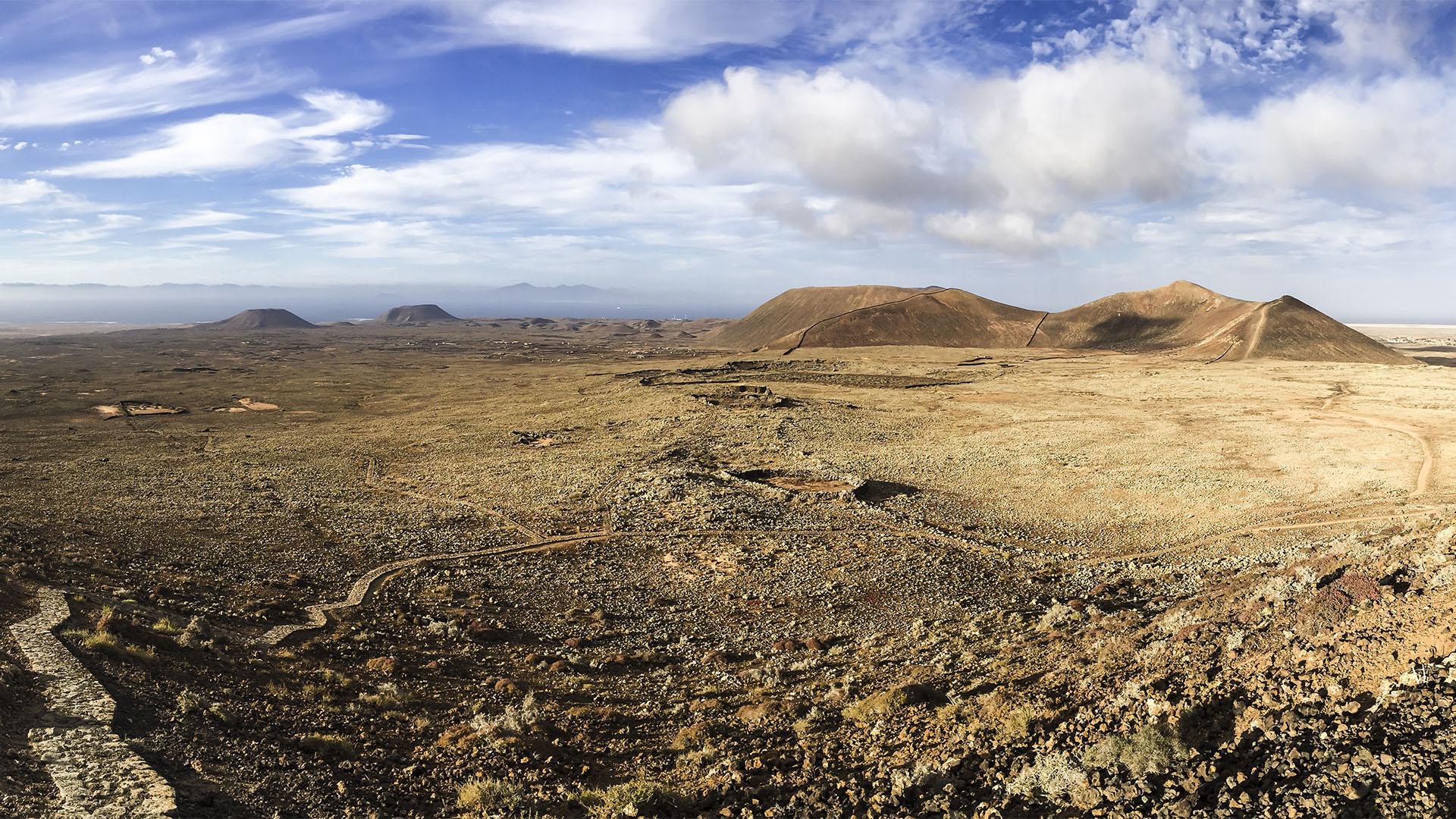 Montaña Calderón Hondo Lajares Fuerteventura.