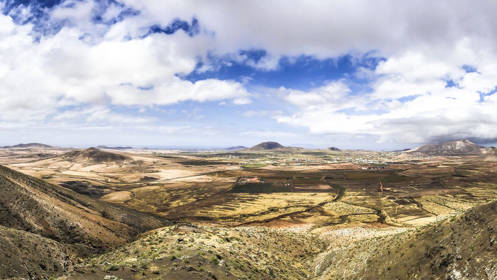 Fuente de Tababaire Morro Tababaire Vallebron Fuerteventura.