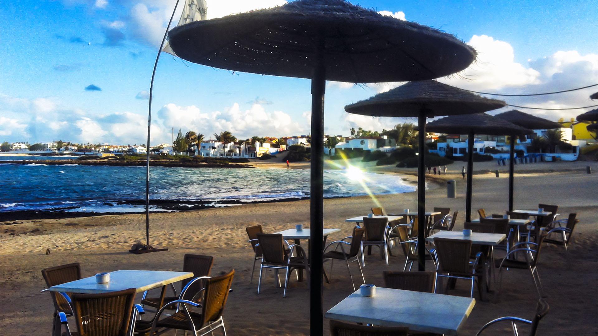 Sundowner im Waikiki Playa de Corralejo Viejo Fuerteventura.