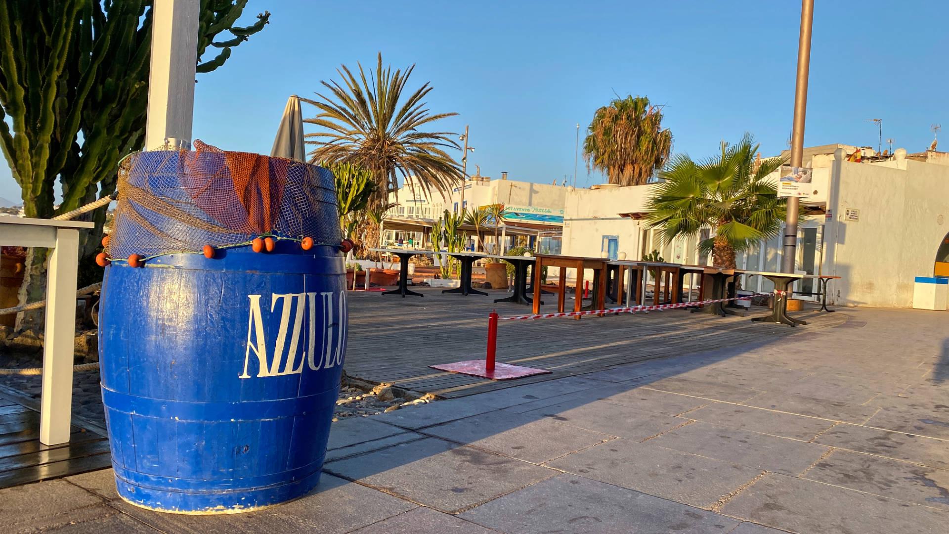 Der Paseo von Corralejo am frühen Morgen noch einsam.